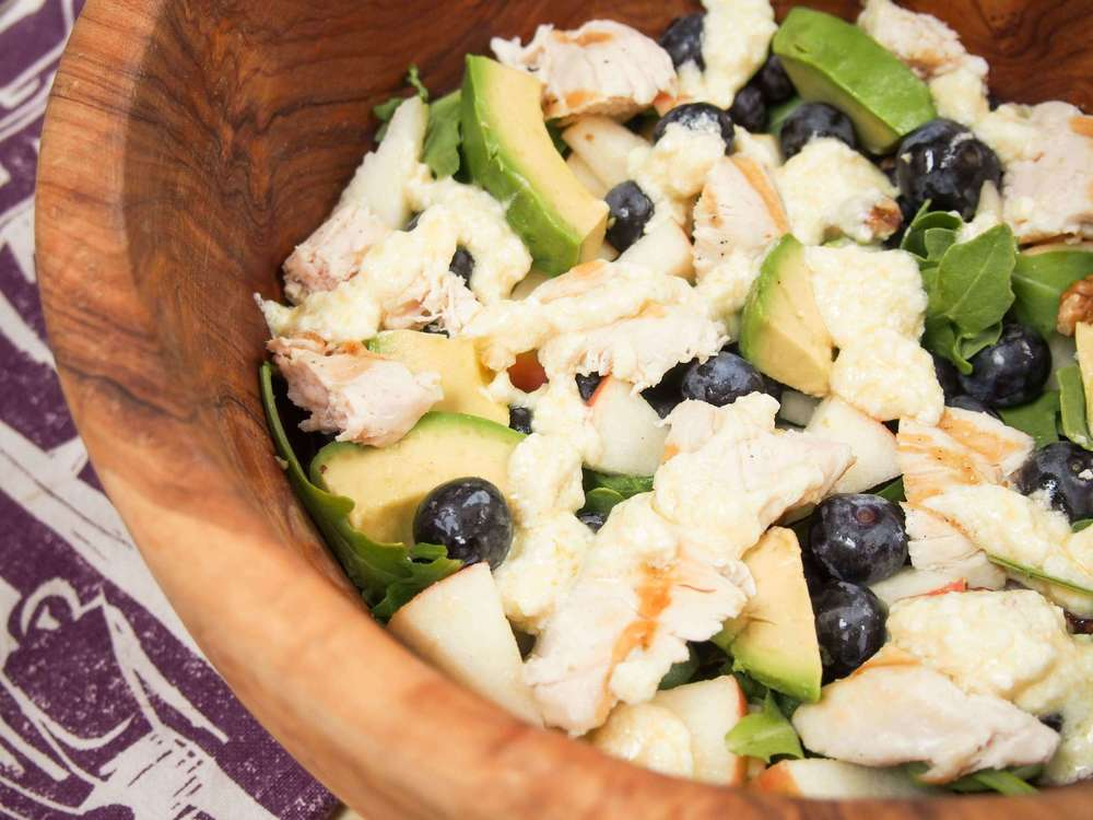 GRILLED CHICKEN AND BLUEBERRY SALAD with Lemon-Feta Dressing