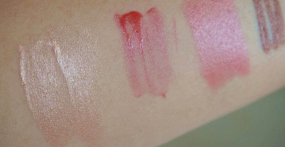 Swatch of the Flawless Beauty Primer on the left-most side. It's beautiful no?