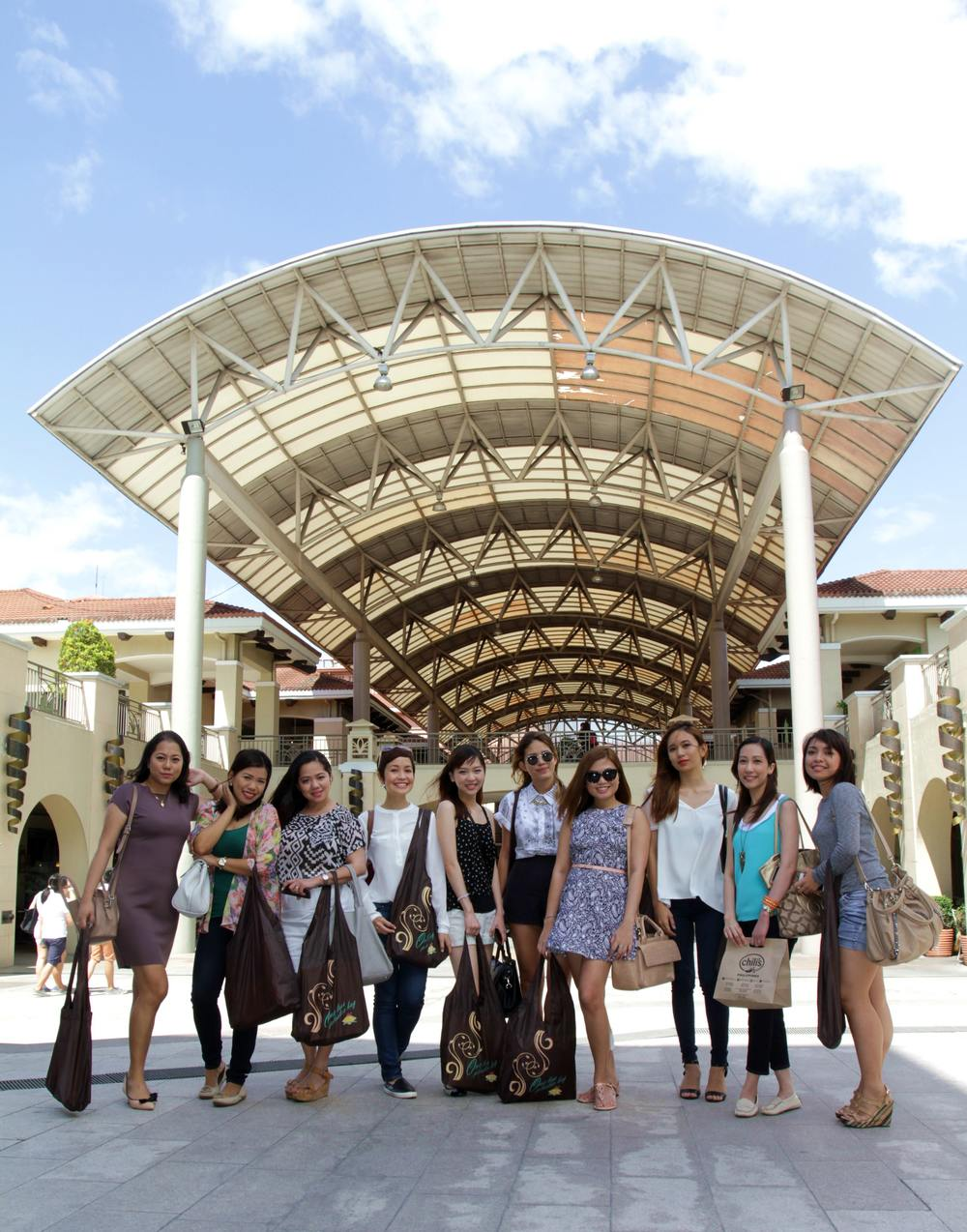 Saturday Shopping at Alabang Town Center with my good friends
