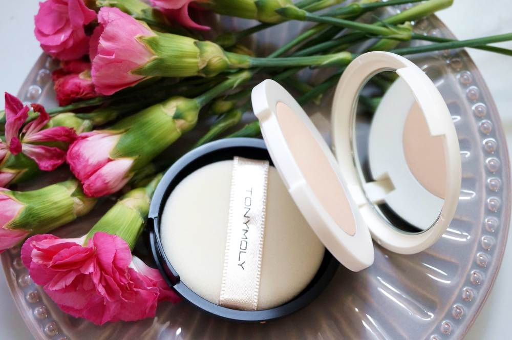 Tony Moly Cotton Pact Delight Open 2.jpg