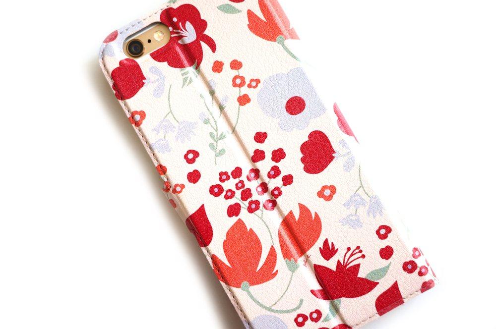 Plune Phone Case 3.jpg