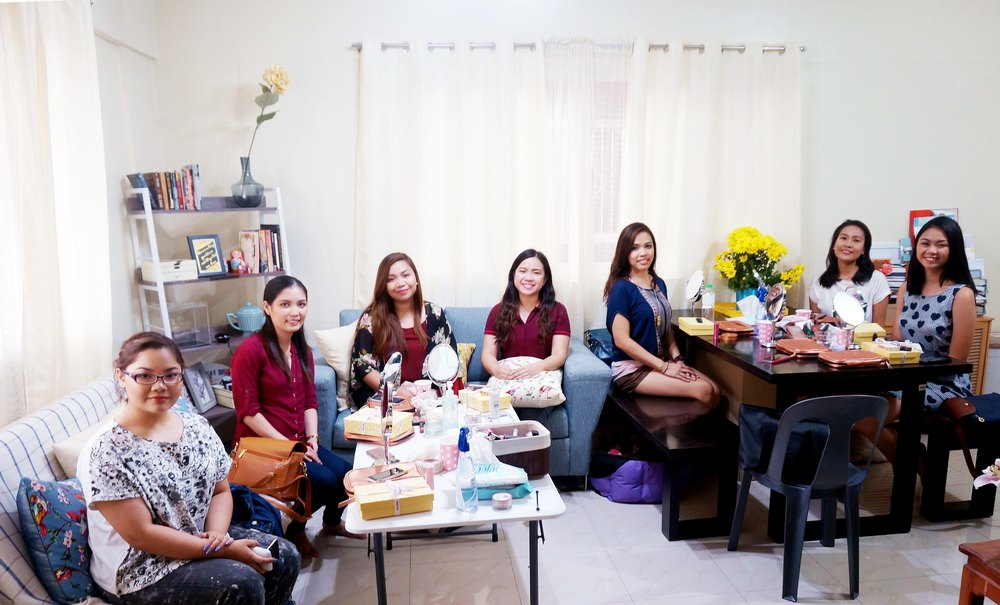 Last Saturday's batch was a lively one! Aside from makeup, we also talked about personal growth and our love life haha. Fun times.