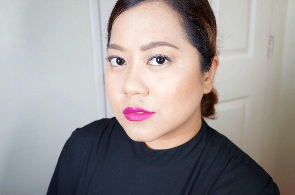 L'Oreal Color Riche Lipstick in Glamor Fuchsia