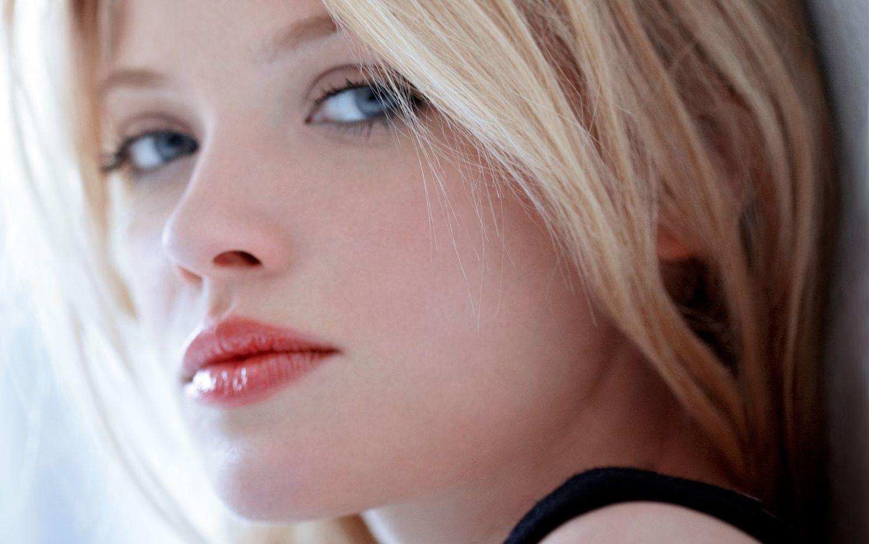 French actress Mlanie Thierry Image via dosparalatrescom