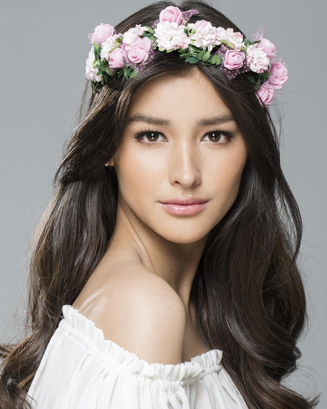 Filipino actress Liza Soberano Image via wethepvbliccom
