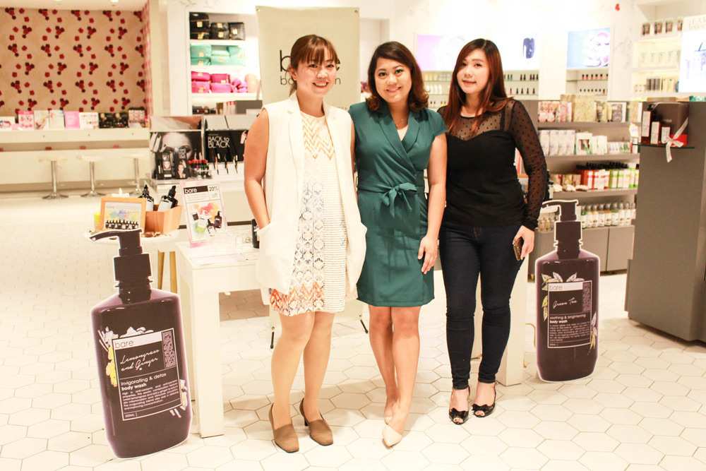 Liz flanked by Rachel Ong (Commercial Director) and Caryn Lee (Assistant Development Manager)