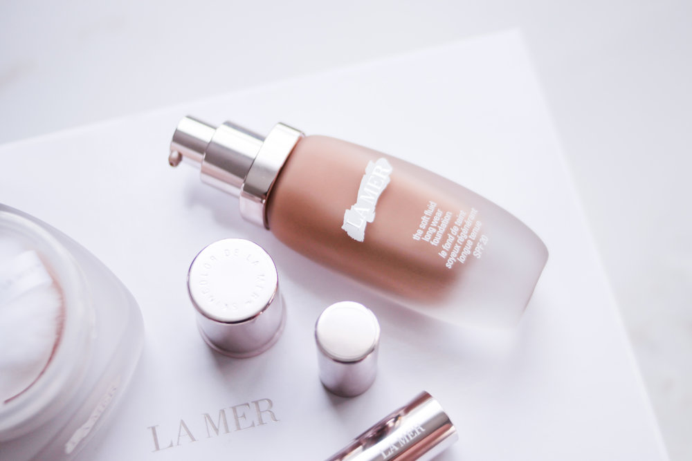 The Soft Fluid Long Wear Foundation SPF 20 (P6,650 for 30ml) is a heavy coverage liquid foundation with a demi matte finish. It gives skin that incredibly ...
