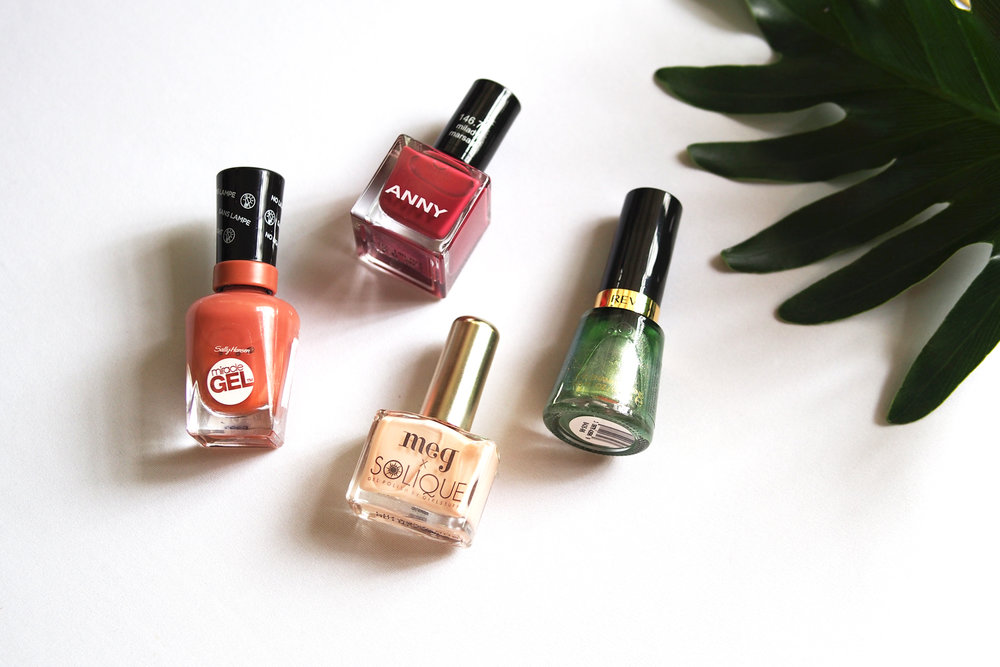 Sally Hansen Miracle Gel (P795), Anny Nail Polish (P495)