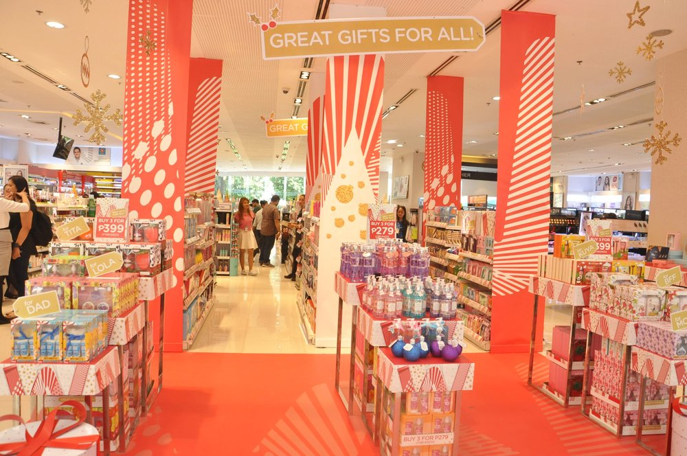 Holiday Gift Sets at Watsons.JPG
