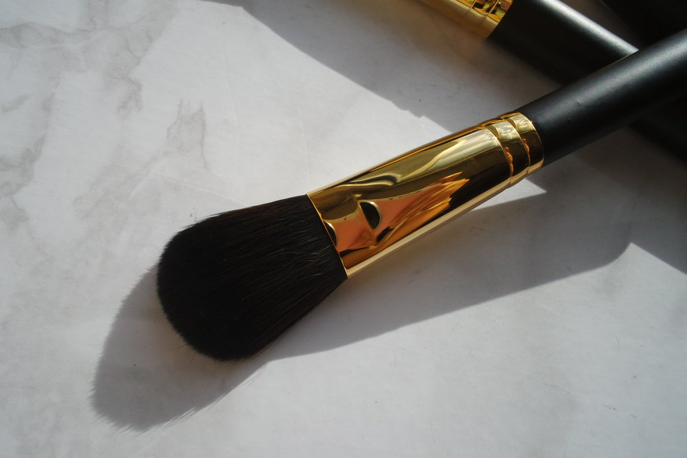 Opulence Cheek Brush (P1,800)