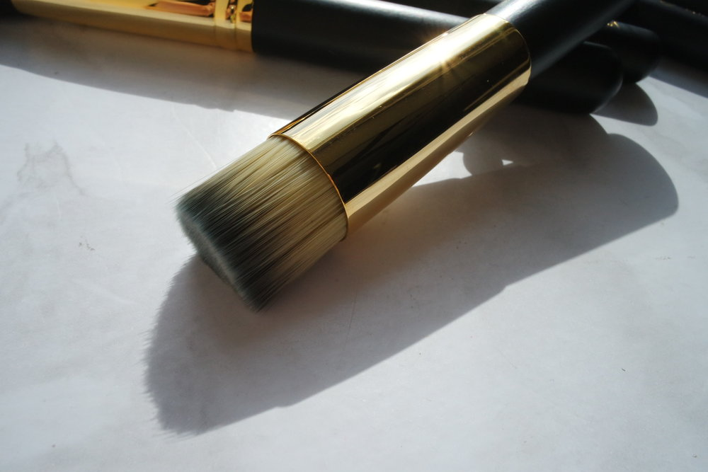 Opulence Flat Top Foundation Brush (P999)