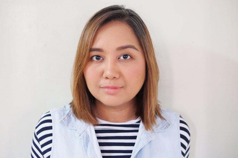 Wearing full makeup in indoor lighting