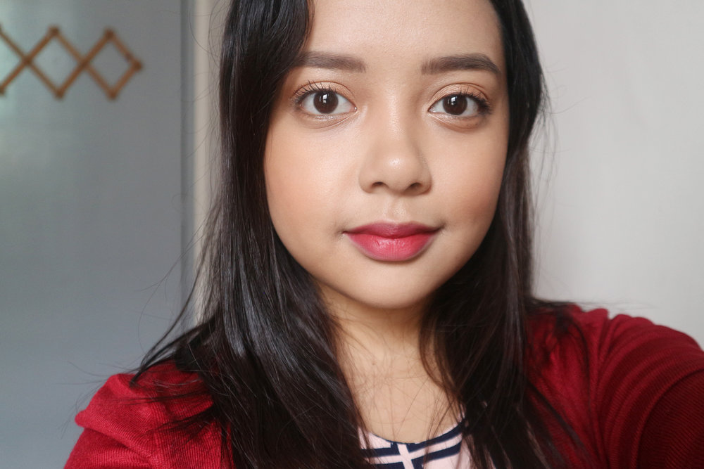 Here's my MOTD wearing Project Vanity x Ellana Lifeproof Brows in  Dark Brown . The right brow color can make or break a look!