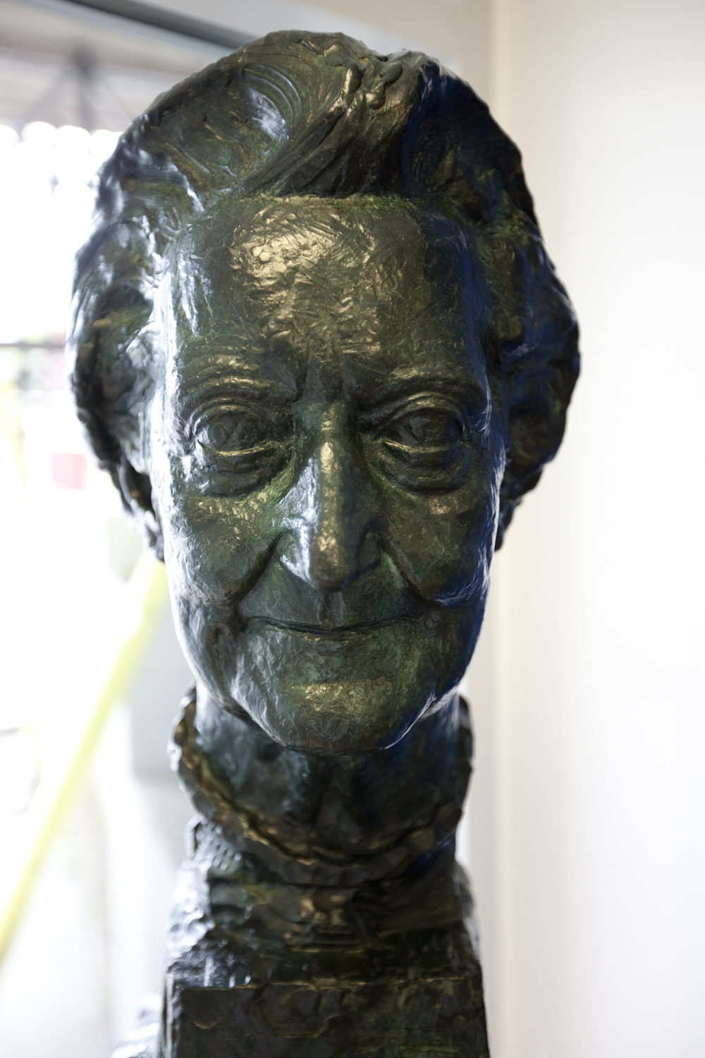 Cicely Saunders bust, St Christopher's hospice