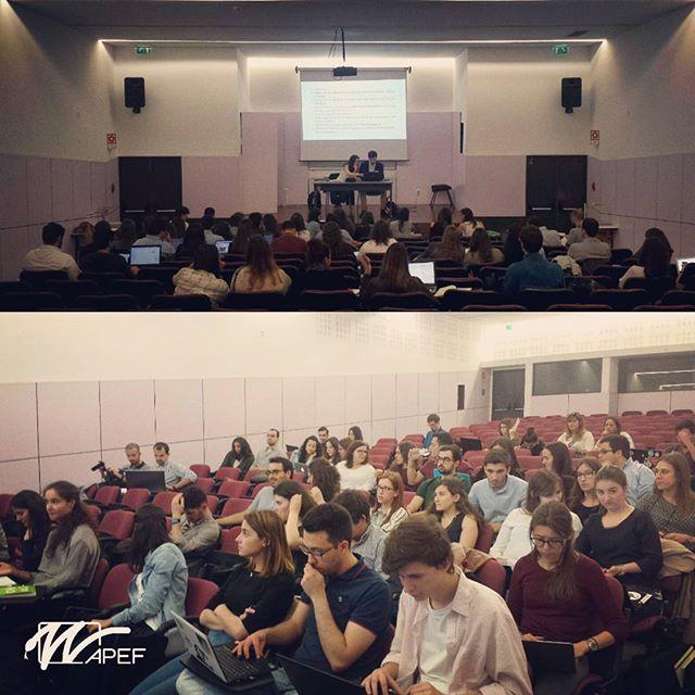 A Assembleia Geral da Associação Portuguesa de Estudantes de Farmácia está reunida no Instituto Superior de Ciências da Saúde Egas Moniz. Fica atento aos resultados desta decisiva AG!