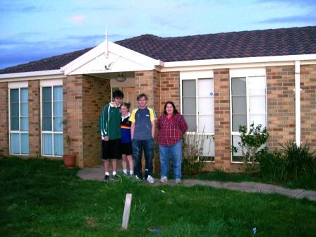 Sharon, Sean and family - Hoppers Crossing Rent To Own