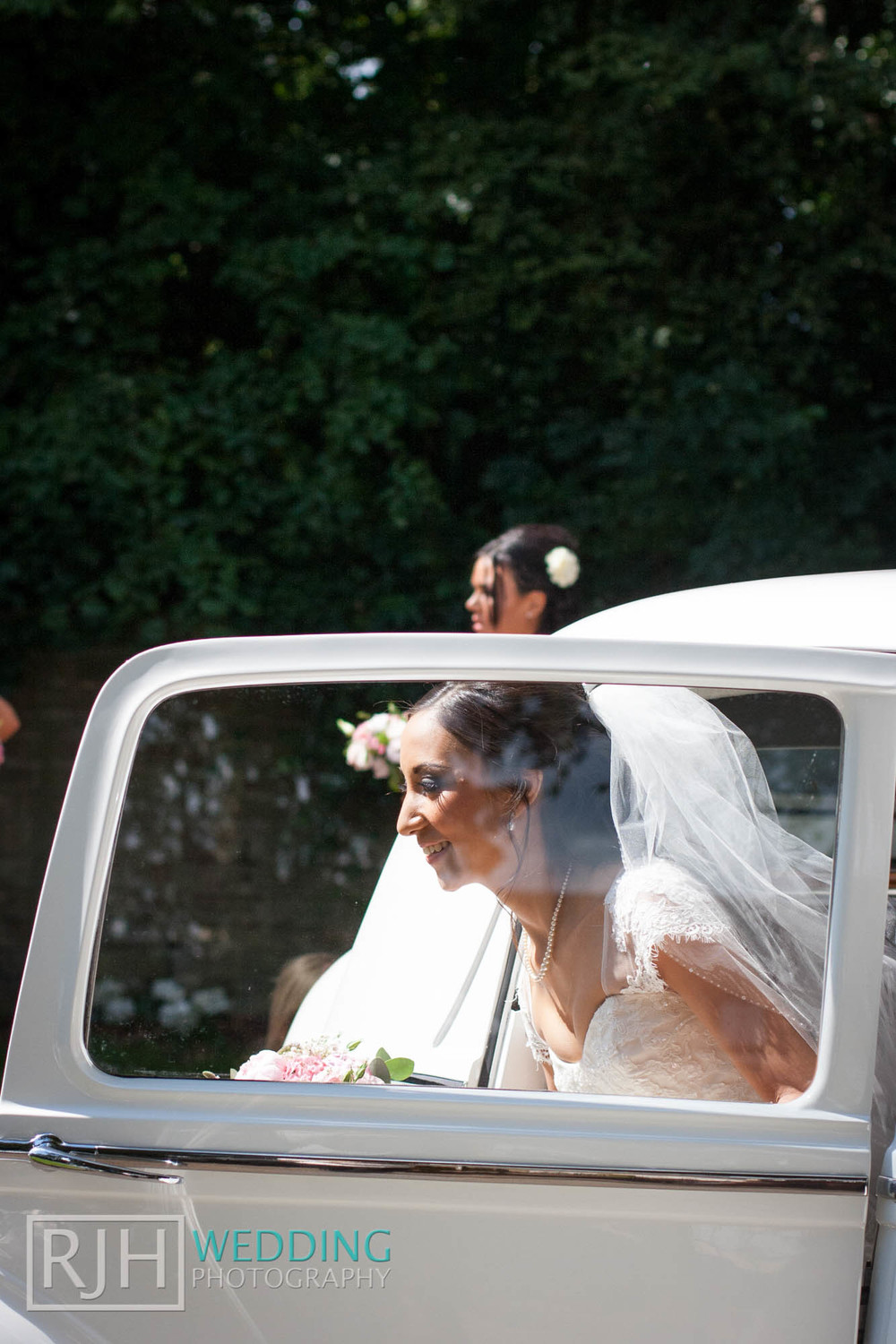 RJH Wedding Photography_Tankersley Manor Wedding_17.jpg