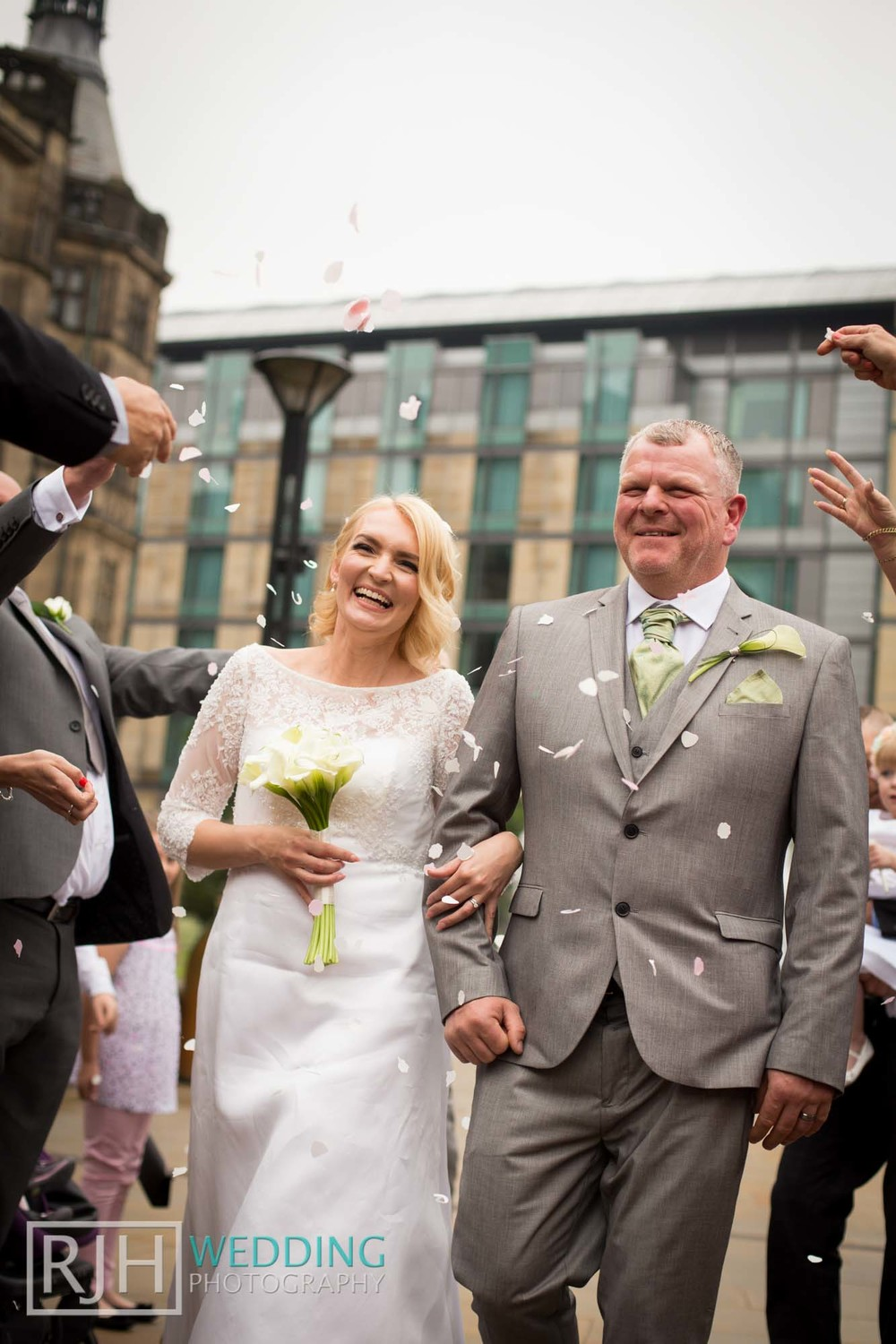 Sheffield City Hall_Ellis Wedding_316_IMG_4535.jpg