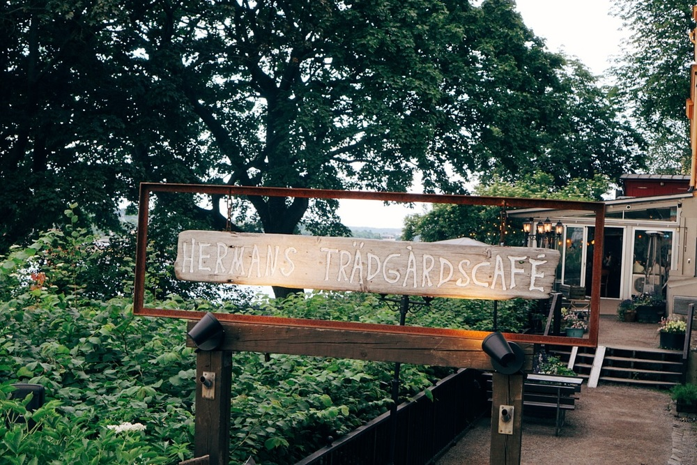 Hermans trädgårdscafe.jpg