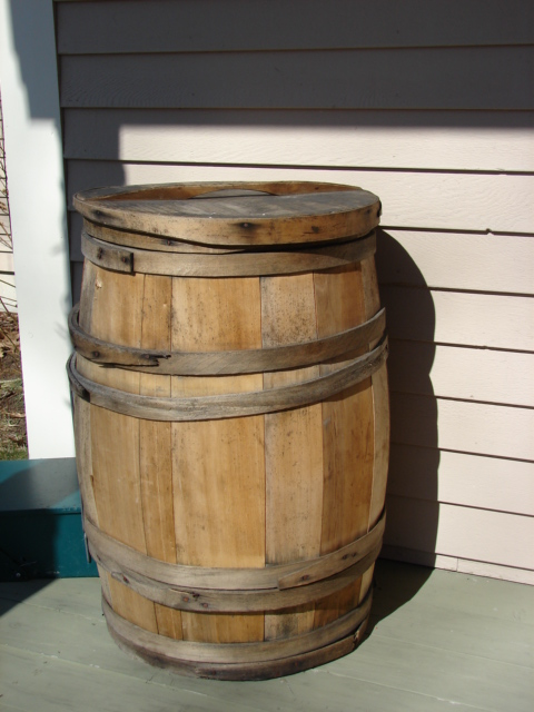 Wood Barrel.JPG