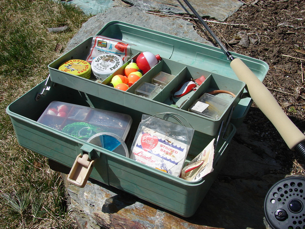 Vintage Fishing Tackle.JPG