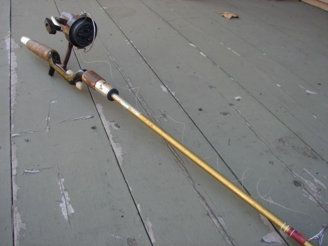 Vintg Fishing Pole.jpg