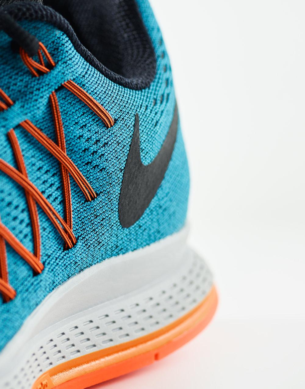 Nike3300.jpg