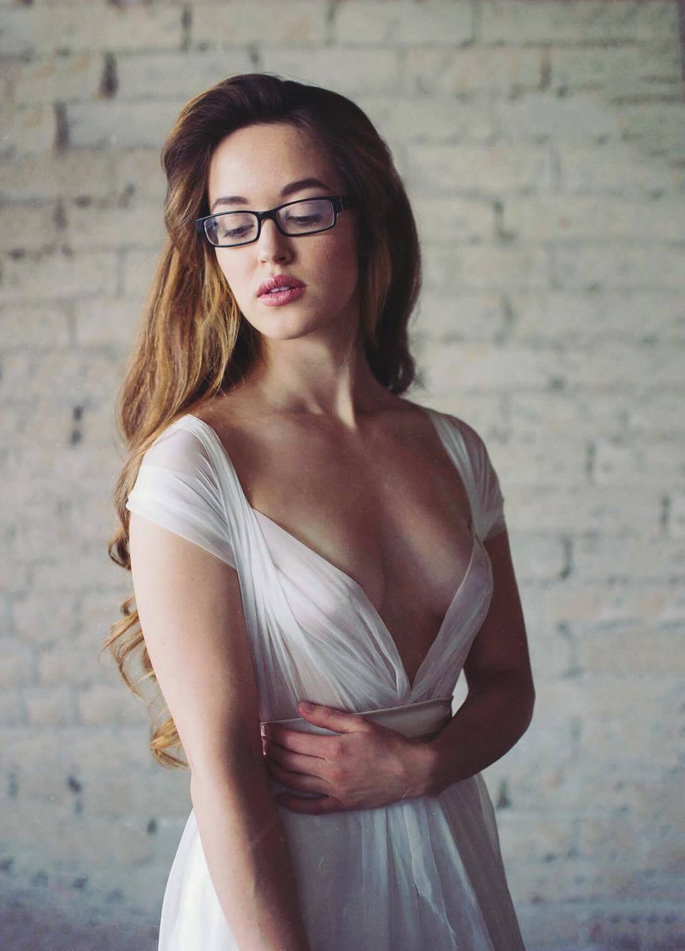 Emily Wilson Photography for Cleo & Clementine | Wedding dress, dressmaker, designer, Phoenix, AZ