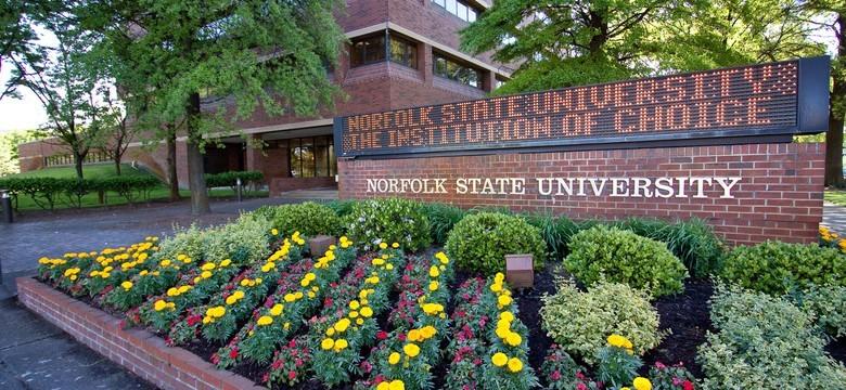 NSU welcome sign.jpg