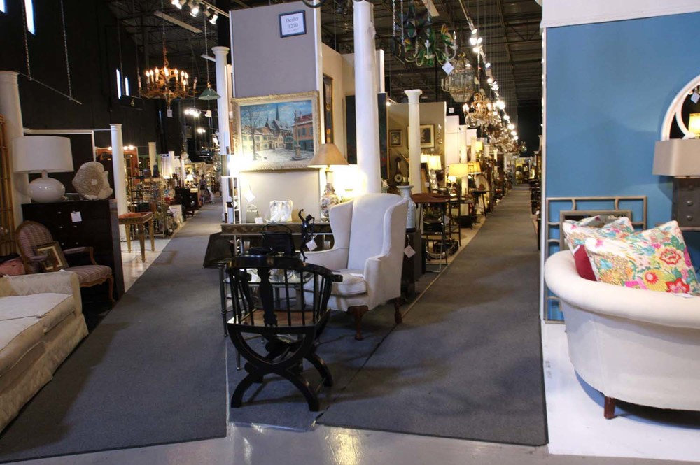 Hiden Galleries: 48,000 square feet of dealer space