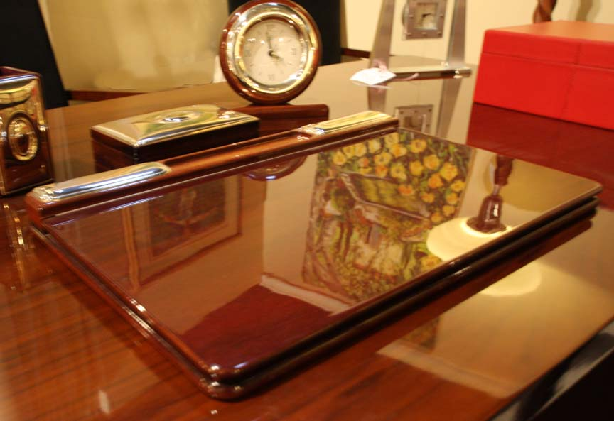 Hiden Galleries: mahogany Italian desk set on Art Deco desk
