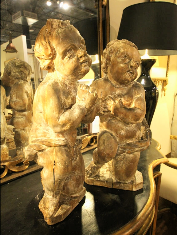 Hiden Galleries: pair of painted putti