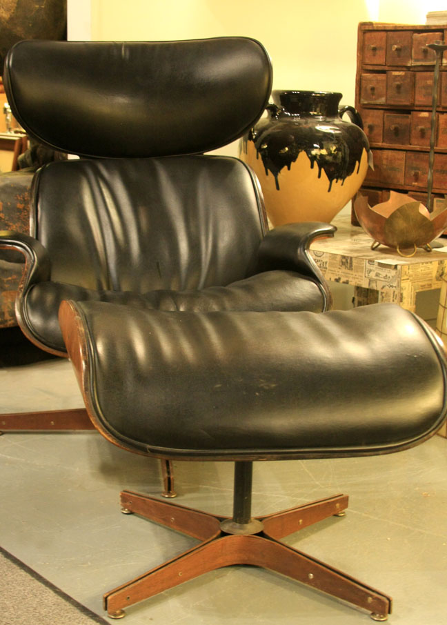 Vintage Plycraft lounge chair