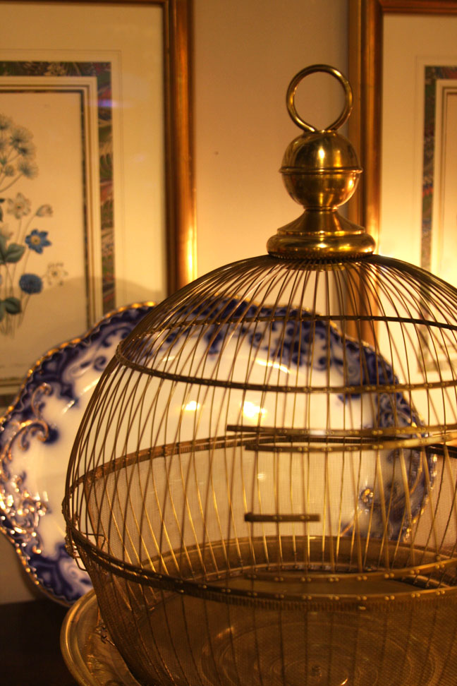 Hiden Galleries: Spherical brass birdcage