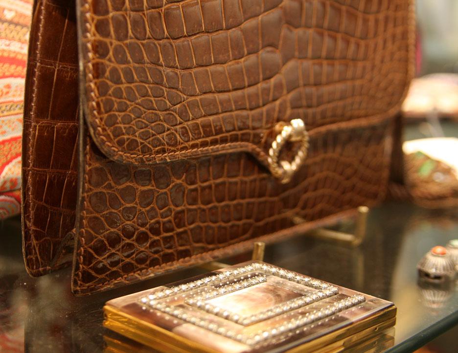 Vintage Lederer 5th Avenue crocodile bag made in France, mother-of-pearl compac
