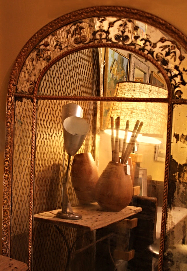 50s cattail lamp, vintage arched mirror