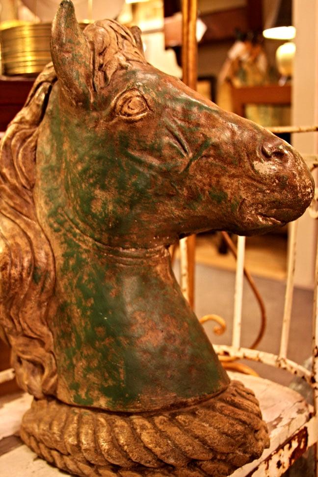 Hiden Galleries: vintage stone horse head