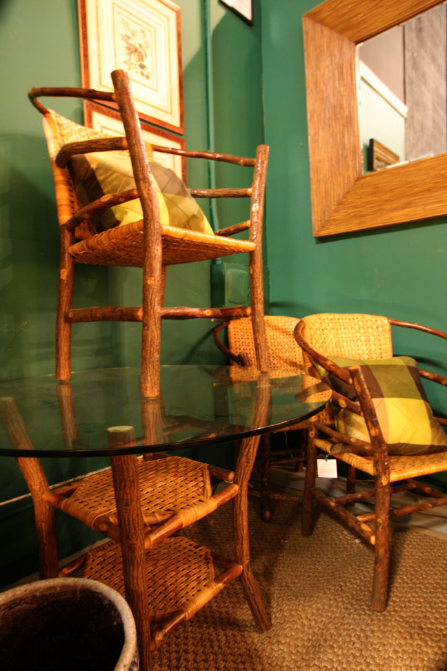 Hiden Galleries: 4 Adirondack-style chairs with table