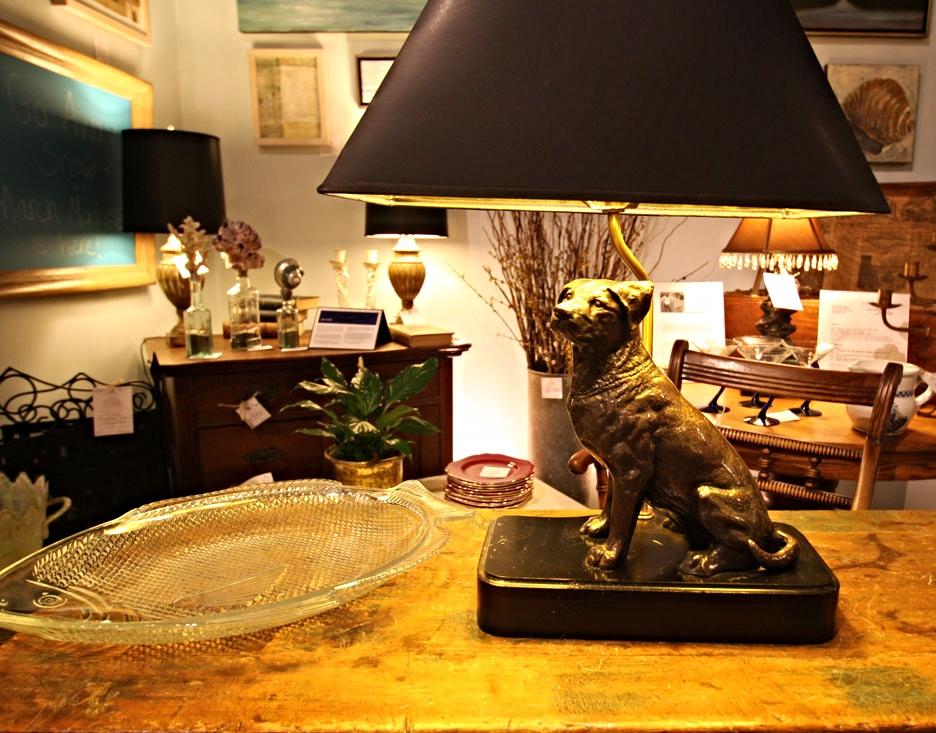Hiden Galleries: Labrador retriever desk lamp