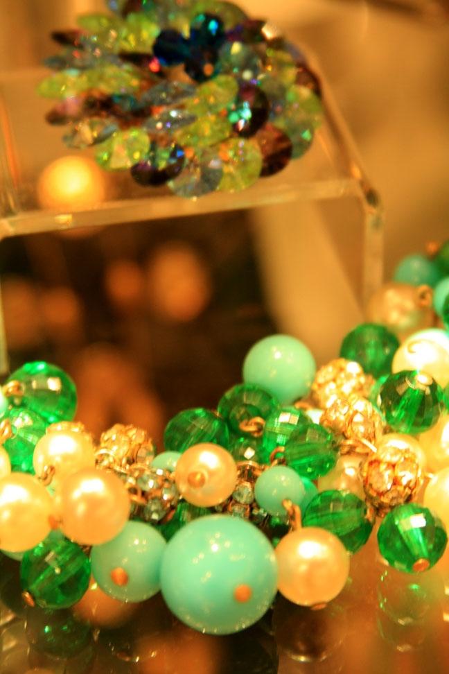 Hiden Galleries: vintage rhinestone and pearl bracelet and Vendome brooch