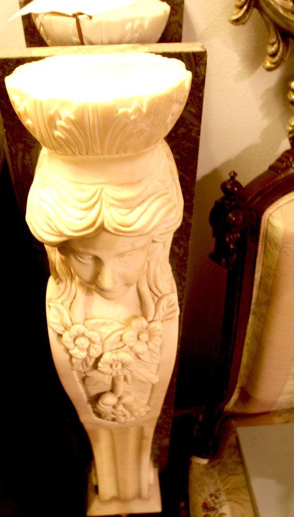 Hiden Galleries: marble architectural element