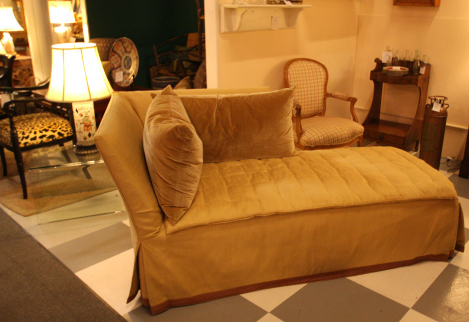 Hiden Galleries: vintage silk upholstered chaise