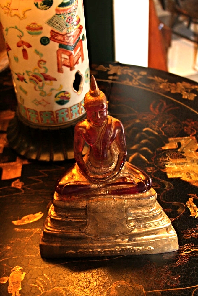 Hiden Galleries: Buddha on Chinoiserie table (one of a pr)
