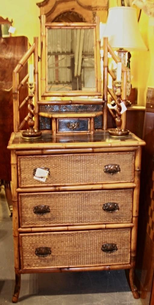 Hiden Galleries: Eng. bamboo chest, c1840