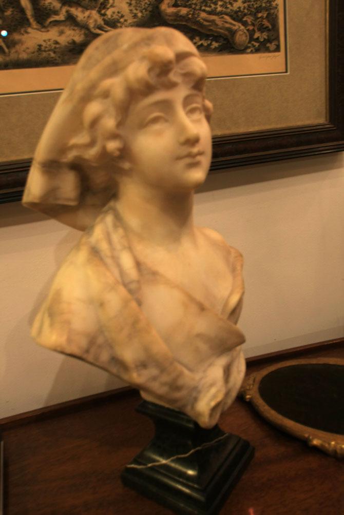 Hiden Galleries: A Cipriani (1880-1930) fine Italian marble sculpture