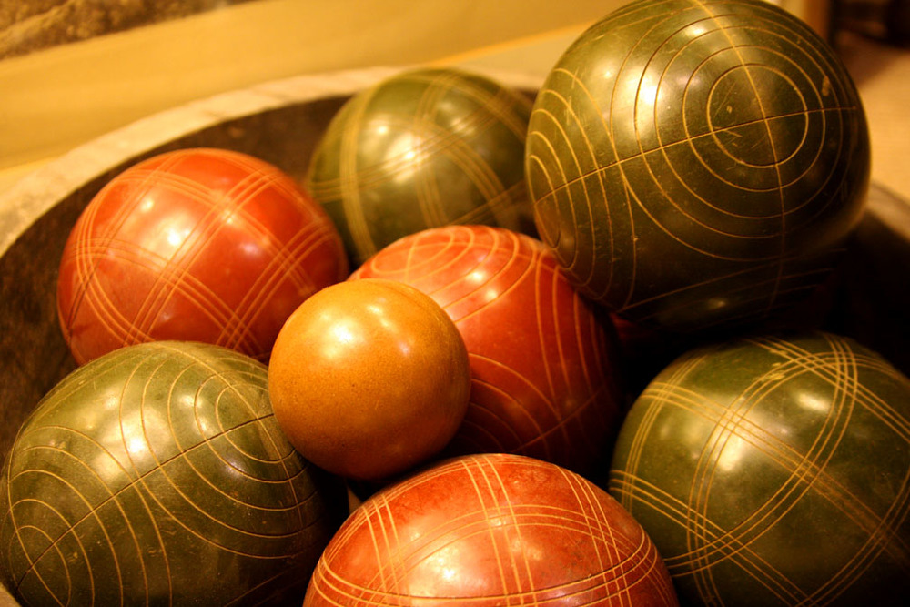 Hiden Galleries: set of vintage Italian bocce balls