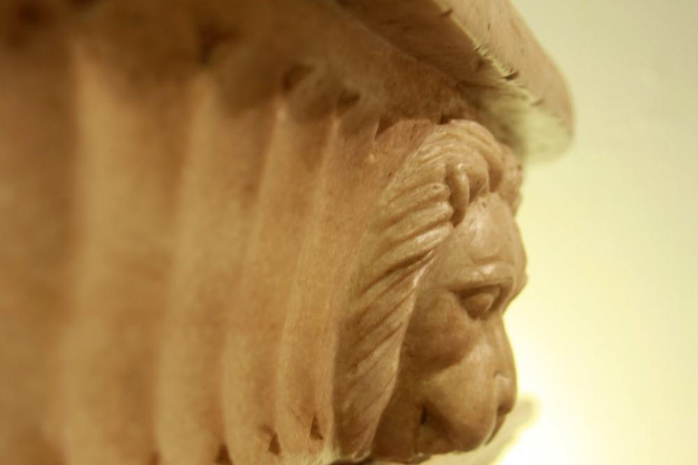 Hiden Galleries: stone vessel with 4 lion heads