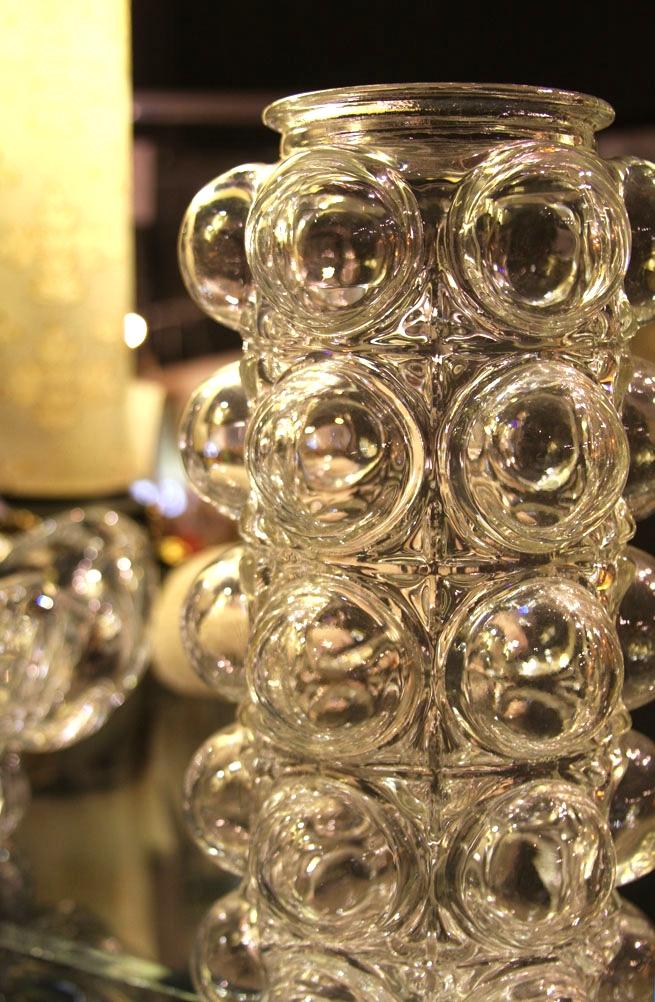 Hiden Galleries: bubble vase