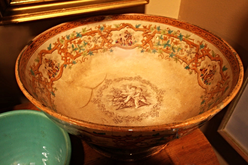 Hiden Galleries: antique Rockingham transferware bowl