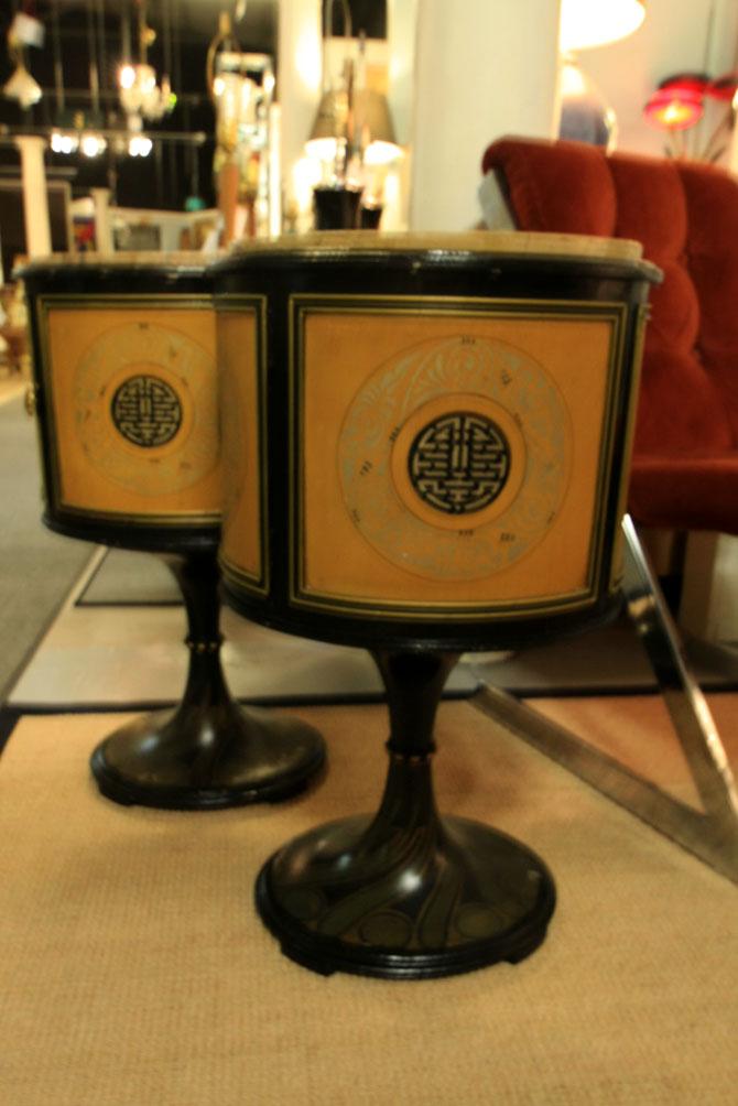Hiden Galleries: pair of oval Oriental cabinets